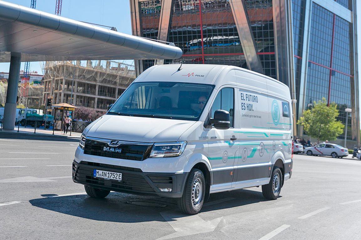 vehiculos-electricos-cada-vez-mas-necesarios-y-presentes-logistica-carosan