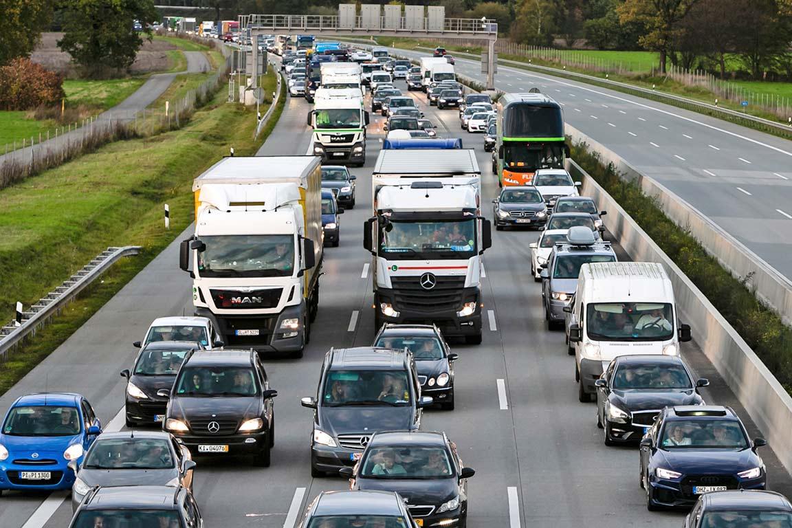 cambios-restricciones-circulacion-camiones-dgt-logistica-carosan